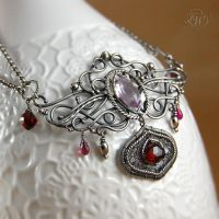 Light of the garnet - necklace by JoannaWatracz