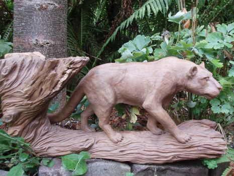 Woodcarver puma 1 by woodcarve