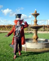 My Hatter and the Fountain by Eveningarwen