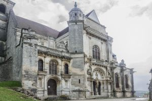 Tonnerre Eglise St Pierre by hubert61