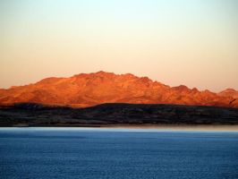 sunset lake mead by crazytmac