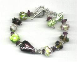 Grape Lime Lampwork Bracelet by tiannei