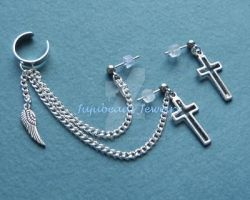 Double Piercing Cross Ear Cuff by Julix04