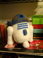 Artoo by evilHerbivore09