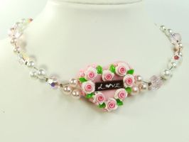 Heart Shape Rose Cake Choker by SweetandCo