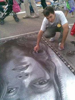 Me drawing Maddalena at Madonnari Contest - Grazie by design-artist