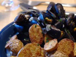 Moules Frites by Shocktherapist