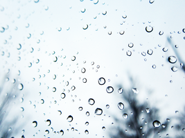 Raindrops Out my Window by hannahjenny