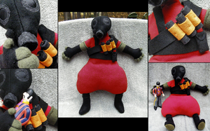 Plush - TF2 Pyro by grimmhooke