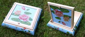 Water lily box by Magini