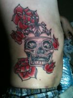 SKULL ROSES TATTOO by BeautyDNBeast
