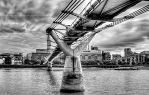 City Bridge BW by purplekyloe