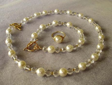 Jewelry set for special occasions by iFleeStar