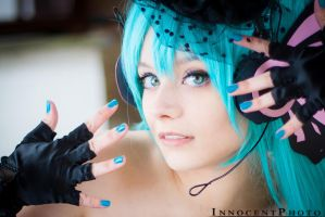 Vocaloid Hatsune Miku Magnet - Idol by SharyNyanko