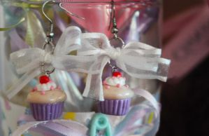 Birthday Cupcake Earrings by BrysheyrasGifts