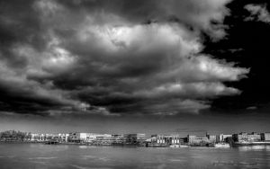Bordeaux les quais HDR BW by tezdesign