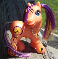 Custom MLP- Daisy Rave by songbird21