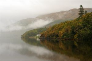 Morning By The Loch by tamaskatai
