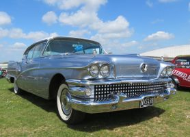 BUICK RoadMaster 75,Duxford, by Sceptre63