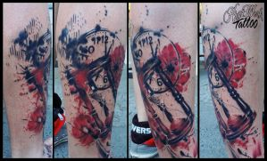 Abstract sandclock and skull by CAMOSartTATTOO