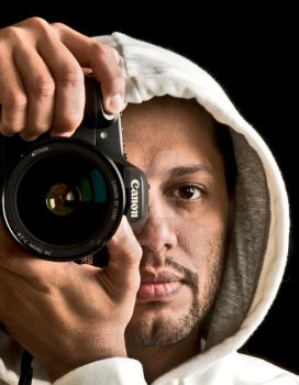 Selfportrait Canon by Fahad-qtr