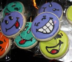 Smile...eat a cookie by picworth1000wrds