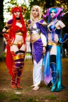 Jaina Tarecgosa and Alexstrasza by andrewhitc