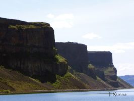 Eastern Wall by TRunna