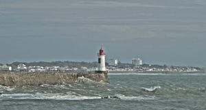 Phare rouge HDR by filsru