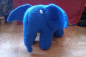elephant bleu by moys6knitboy