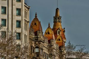 Fairytale rooftops by forgottenson1