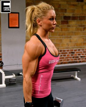 Teenage Female Bodybuilder 1 by edinaus