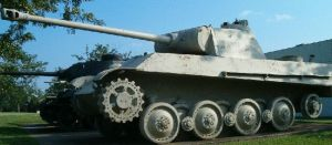 German Panther - Side by RBL-M1A2Tanker