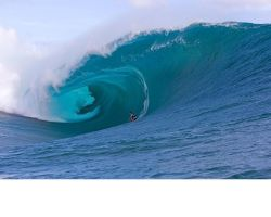 Huge Barrel by michelsurfer