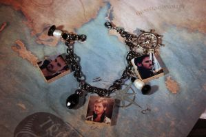 Captain Hook Bracelet by KouranKiyo