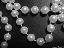 Pearlsandleather by Absan