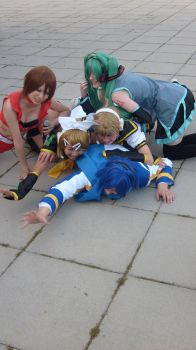 Vocaloids- Poor Kaito-kun by Poisoned-Colours