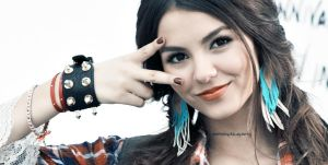 +11 Victoria Justice. by dontstoptheparty