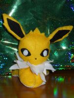 jolteon by PlushPrincess