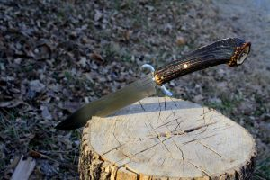 Frontiersman bowie knife 2 by Wolfie-83
