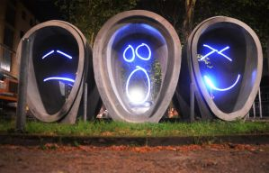 Faces Lightpainting by uuuuuargh