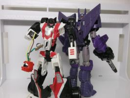 CYCLONUS HAS A NEW FOLLOWER.... by forever-at-peace