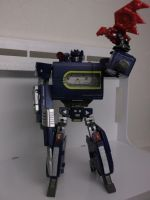 Soundwave and Lazerbeak by forever-at-peace