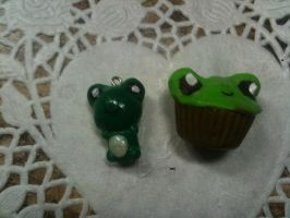 Froggies! by muffinthehamster11