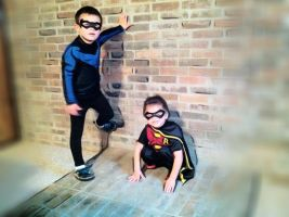 Young Nightwing / Kid Robin by Neon-WarMachine