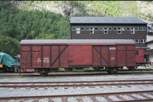 Freight wagon by enframed
