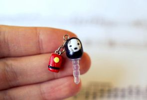 No Face and Bath Token Dustplug by ChloeeeeLynnee97