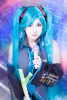 Miku Hatsune from Vocaloid cosplay by mayuyu0405