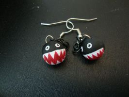 Chain Chomp Earrings by Menouthys