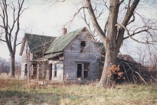 Yet another Old House 3 by RonTheTurtleman